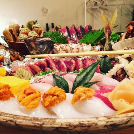 鰹とにぎり寿司の皿鉢