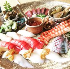 アテとにぎり寿司の皿鉢