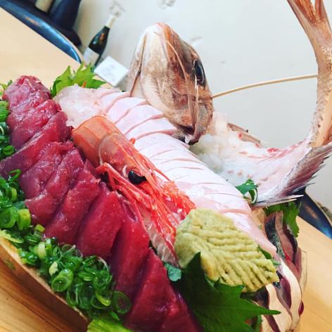 鰹と鯛の祝い皿鉢