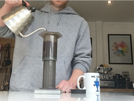 How to brew coffee with an inverted aeropress