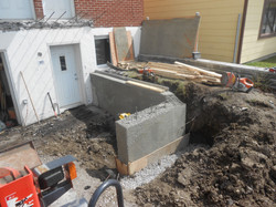 Poured Retaining wall and Footing