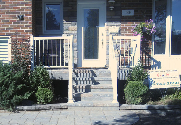 Montreal resurface front stairs