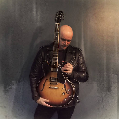 Andrew Gatenby with Gibson 335