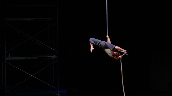 UNRAVELING:  ROPE SOLO