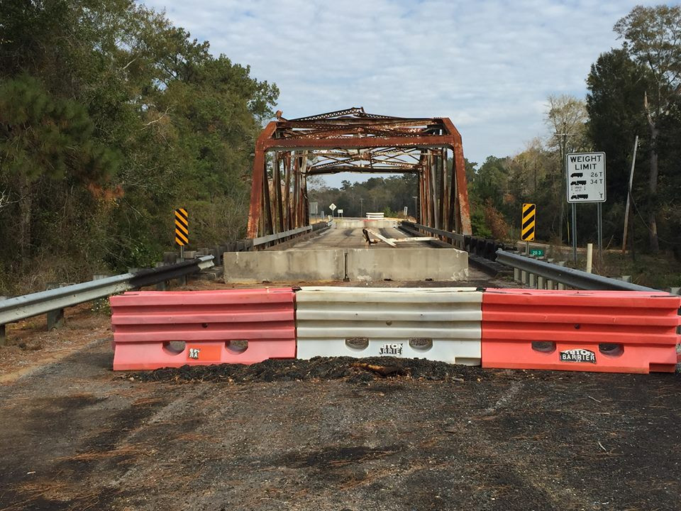 BOND: A bond bill with $50 million to repair or replace deficient bridges is on Gov. Phil Bryant's desk after being passed by the Legislature. Photo by the Mississippi Department of Transportation