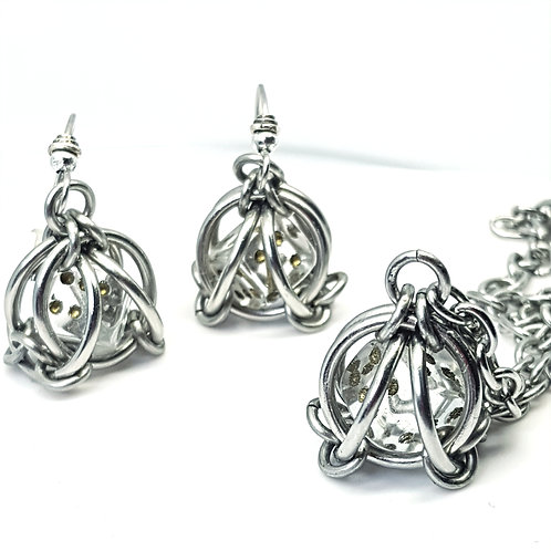 Lucky Dice Carriage Pod Necklace and Earrings Set