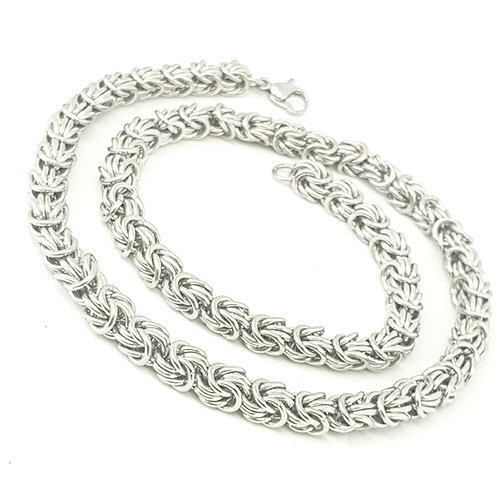 Rosetta Chainmaille Necklace