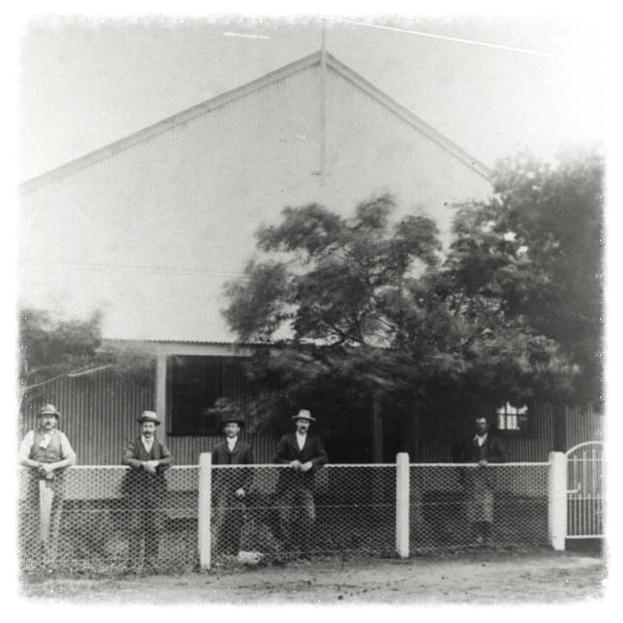 CLUB CIRCA 1900