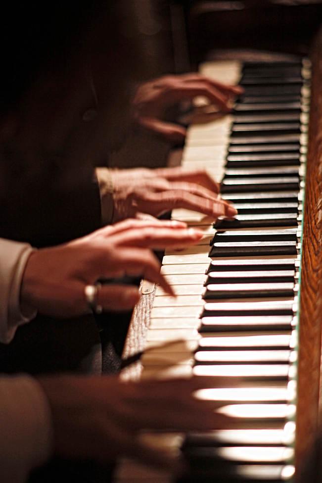 NOVECENTO-Legenda o pianistovi