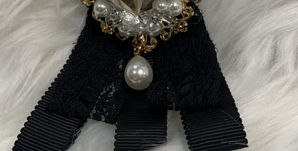 Small Elegant Lace Black Krown Kollar