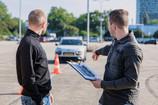 Pradedantieji vairuotojai – skaičiai vis pozityvesni, bet vertėtų galvoti apie savo ateitį