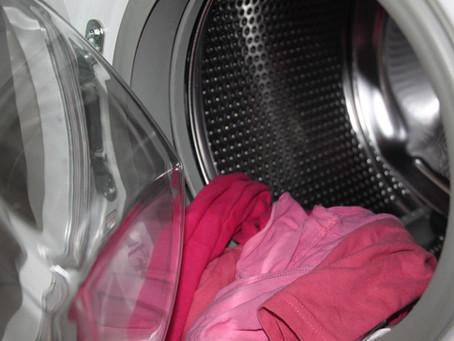 Il bucato ha un odore sgradevole dopo il lavaggio? Ecco i rimedi