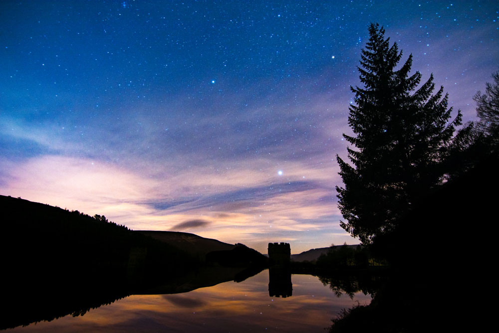 Howden Reservoir nightscape Derbyshire