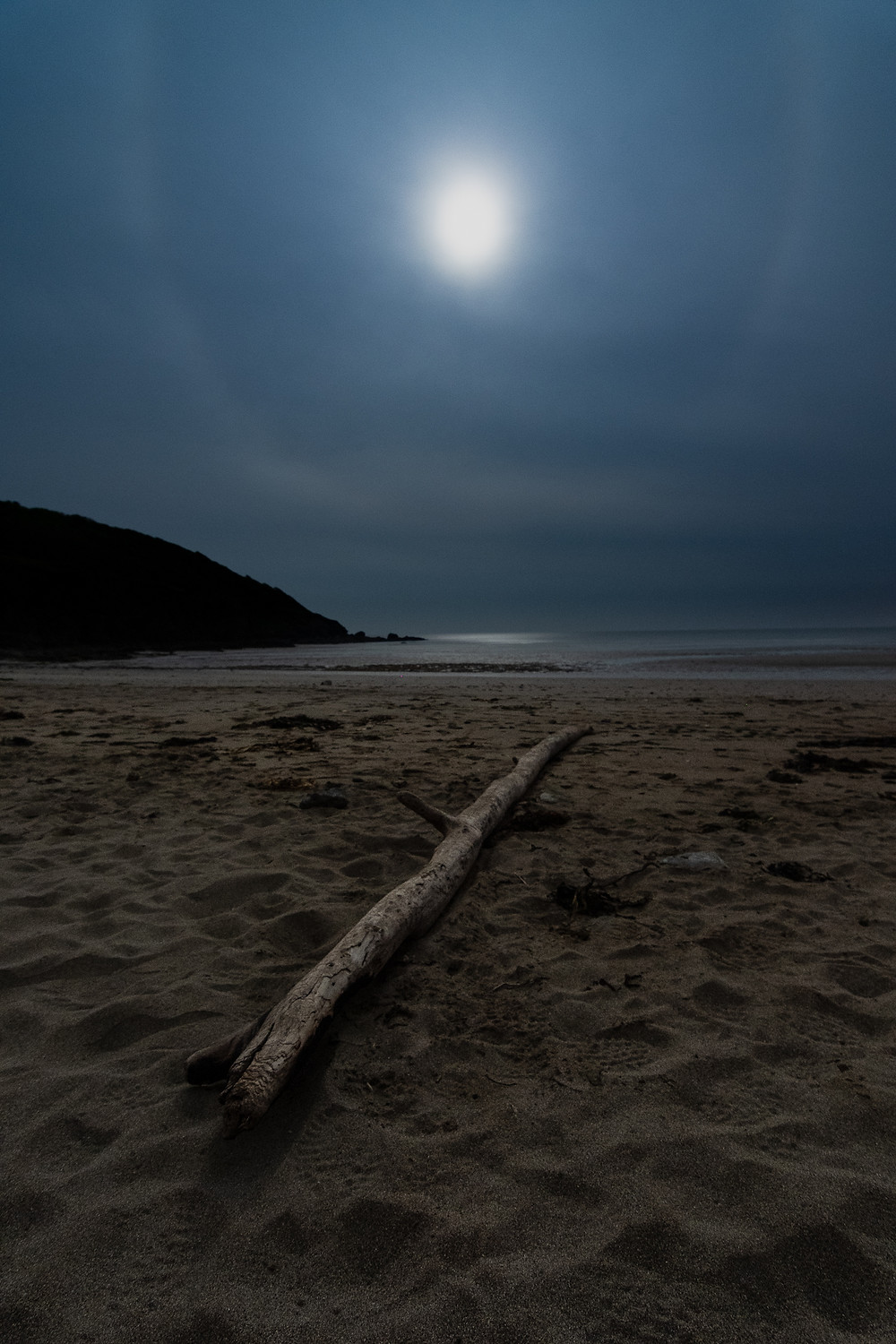 porthluney cornwall nightscape astrolandscape moonhalo