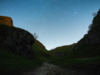 How to EASILY photograph the NIGHT SKY and edit in Lightroom