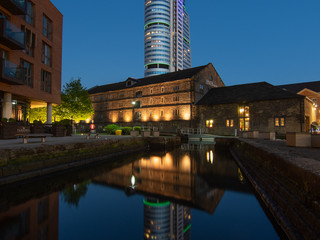 Nightscape photography | Reflections on the canal, Leeds