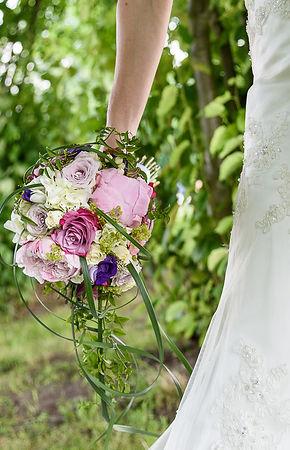 Kien-Point | Hochzeitsfotografie | Libellen-Arrangement