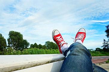 feet-1567104_1920.jpg