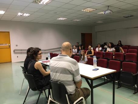 Mesa-redonda debate sobre ética e jornalismo na UFU