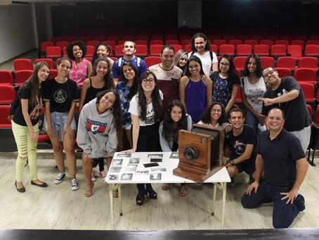 Cine Foto Debate propõe trocas de conhecimento entre alunos e profissionais do Fotojornalismo na UFU