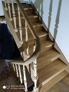 Photos_escalier_décapé_grenier.jpg