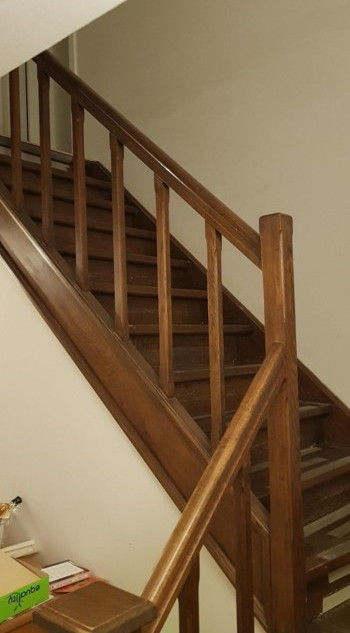 renovation_escalier_avant_decapage3.jpg