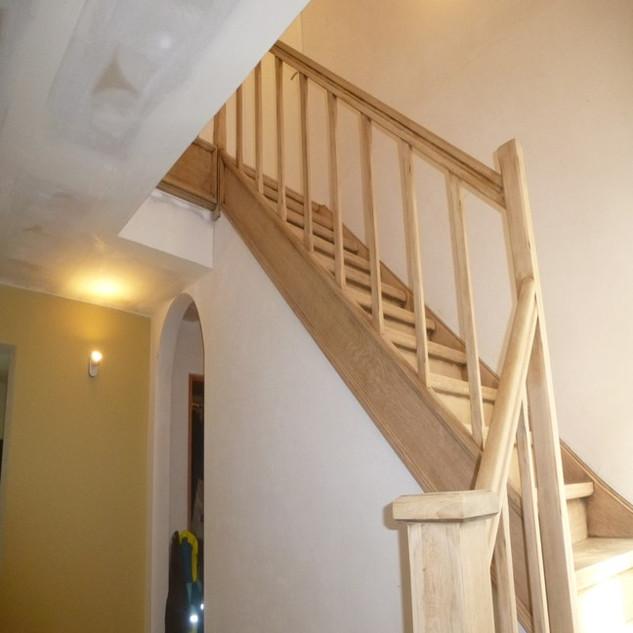 renovatio2_escalier_après_decapage_ponca