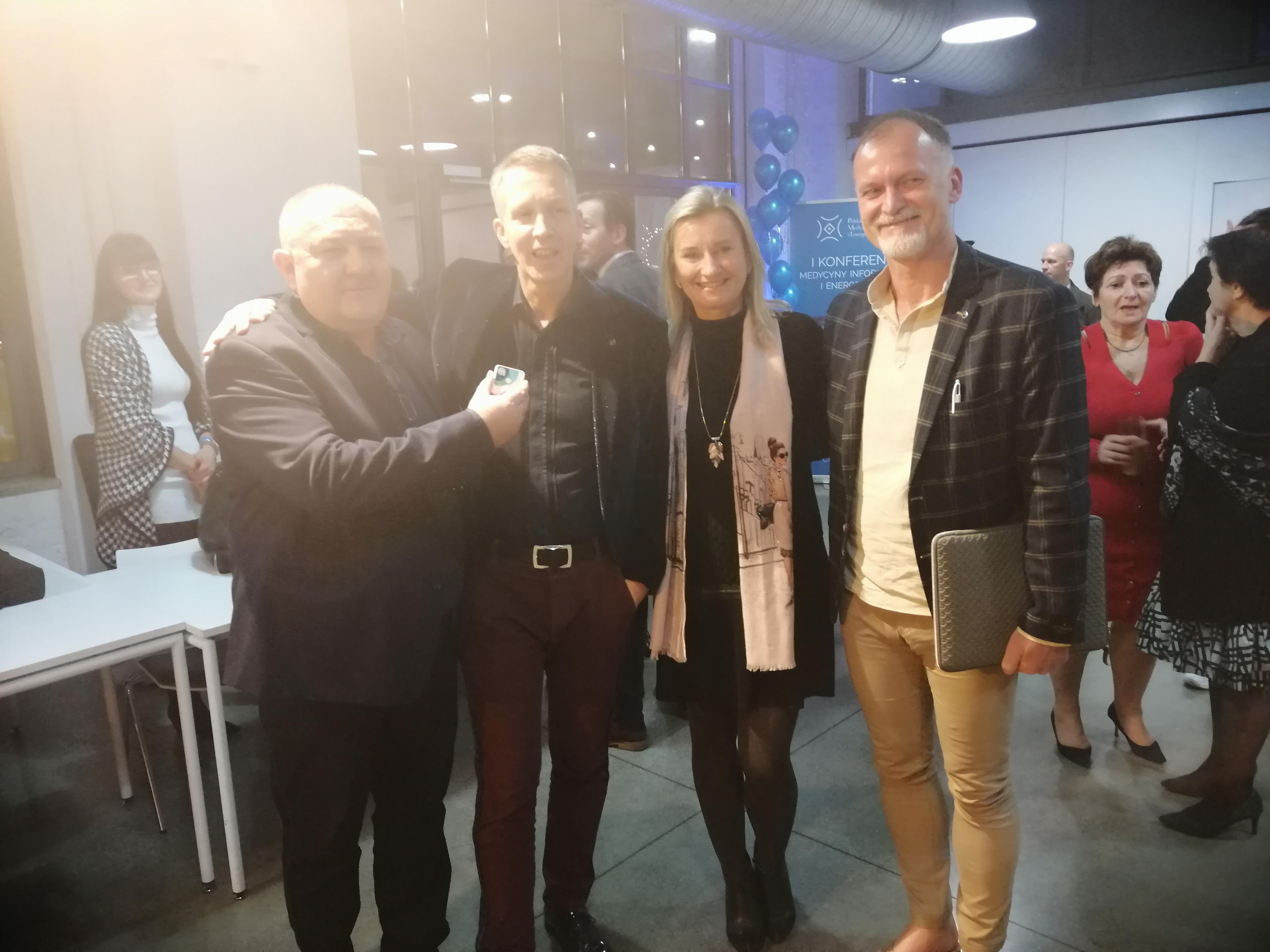 Healy i Markus Szmike ,Piotr Wysocki