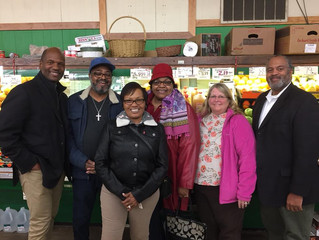 Grocery Store Give Back Tour!