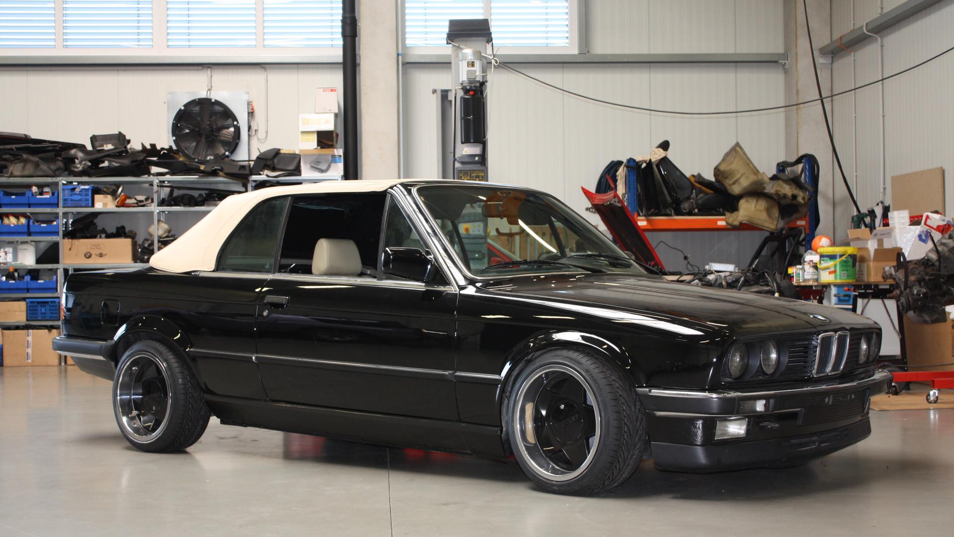 325i schwarz uni 1986.jpg