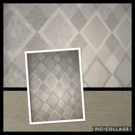 Diamond Pattern on Gray