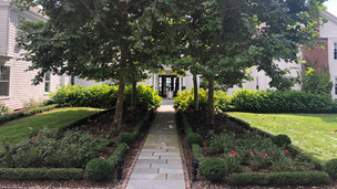 Entry Garden with Boxwood Parterre