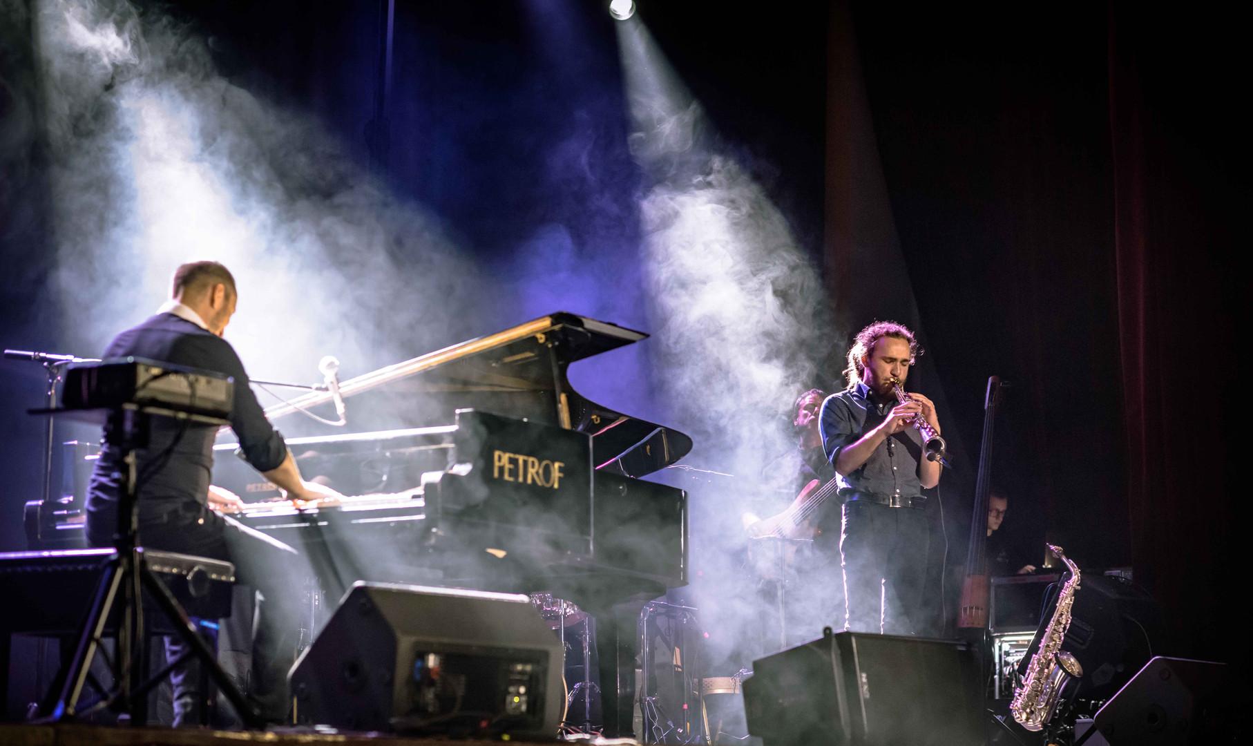 Jozef Hollý & Band Piano show.jpg