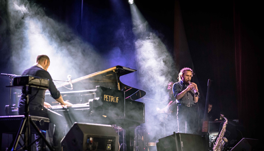 Jozef Hollý & Band Piano show.jpg