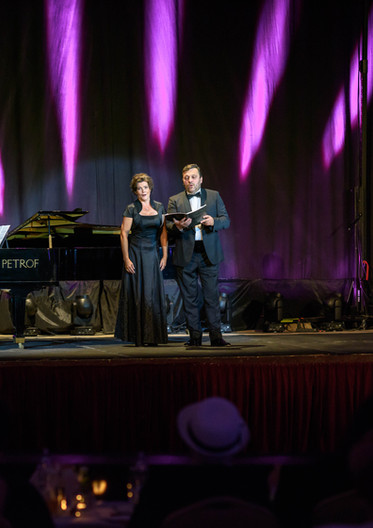 Operná noc hudobné leto.jpg