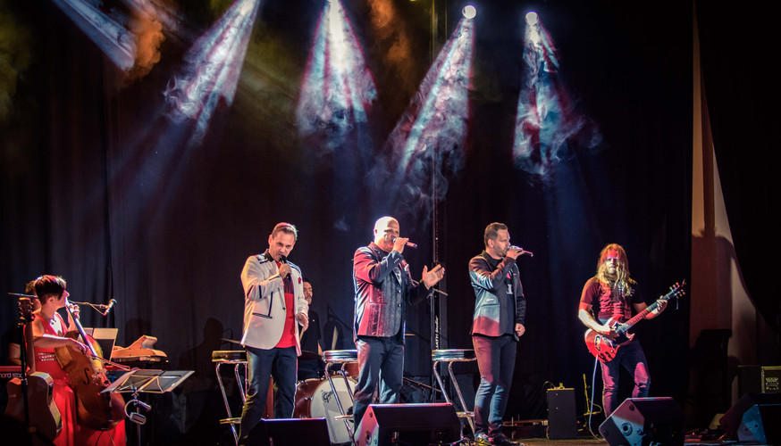 LA GIOIA & BAND - Rockové Balady.jpg