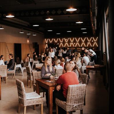 eventhouse099.jpg