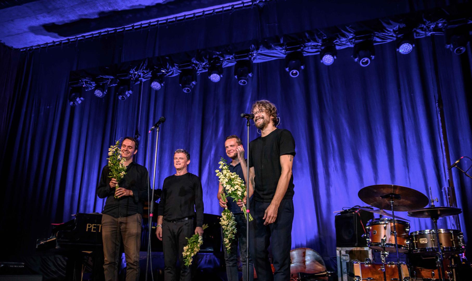 Dan Bárta & Robert Balzar Trio.jpg