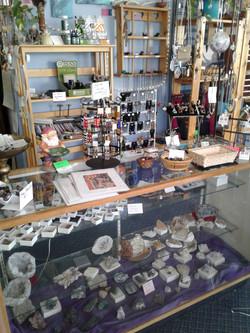 Stones & Artisan Items