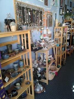 Local Pottery Artisans & Stones