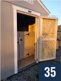 2 - Kennel Rear Door Open
