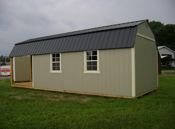 Deluxe Lofted Cabin 1228-071421 (5).JPG