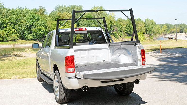 DEE ZEE Invis-A-Rack Cargo System 04-19 Classic Chevy/GMC 1500 with 5.5' Beds