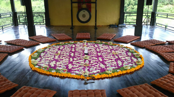 FlowerMandala-Bali-Oliver.jpg