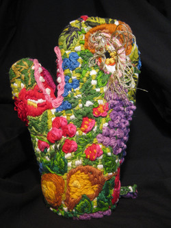 """""""Embroidered Oven Mitt: Garden"""""""