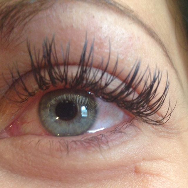 Debbie's client after her fill💕_#eyelashextensions #eyelash #eyelashes #misencil #misencillashes #e
