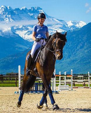 Horses_Lina_Otaka_Fujimaki.jpg