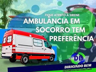 Ambulância em socorro