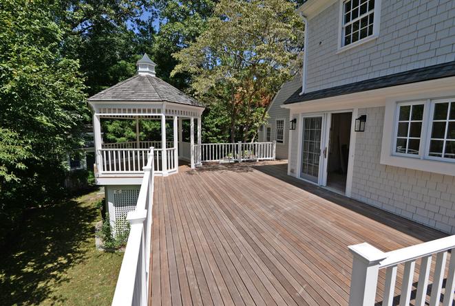 deck and pergola builder hingham ma.png