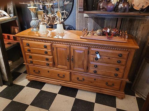 Wynwood Dresser